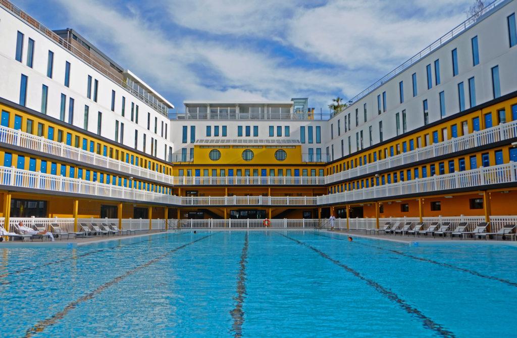 Art Deco swimming pools - Molitor Hotel