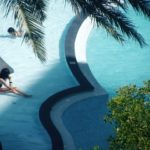 Do you want to swim or not? Seven Art Deco swimming pools