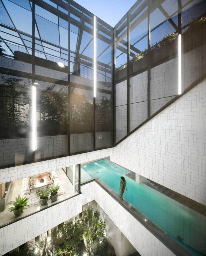 Swimming pools: Three Gardens House, AGi architects.