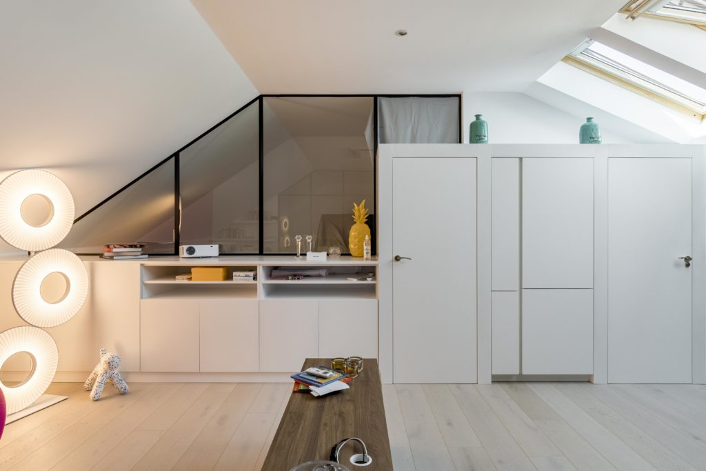 Penthouse 2+1. Comprehensive turnkey renovation of an apartment for short stays - AGi architects