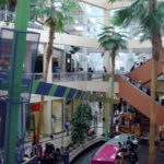 Nostalgia, cinema and architecture in the shopping mall